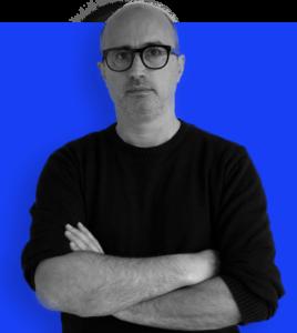 CEO на Koma Design Studio, Инструктор на Академијата за графички дизајн