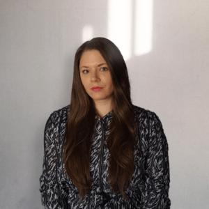 Senior UI/UX Designer | UX Researcher