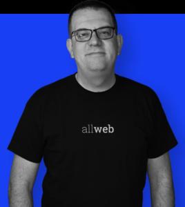 CEO на NewMediaMk, инструктор на Академијата за Дигитален Маркетинг